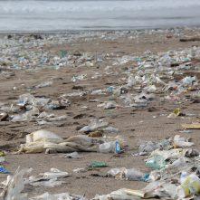 Minden műanyag-csomagolás újrahasznosítható lesz