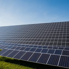 Három napelempark épül Magyarországon